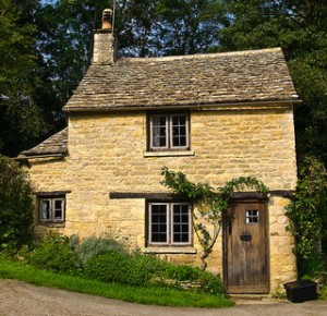 Cottage. Image by  Anguskirk